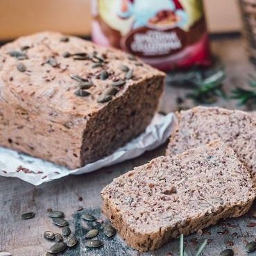 Semienkový chlieb zo špaldovej múky