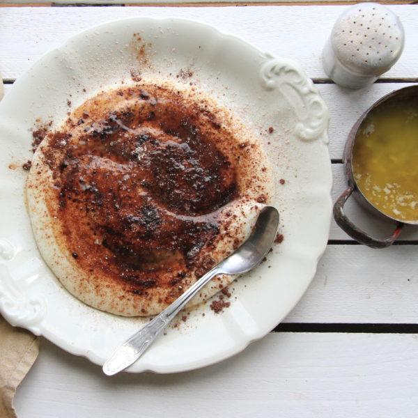 Jemná krupicová kaša so škoricou akakaom