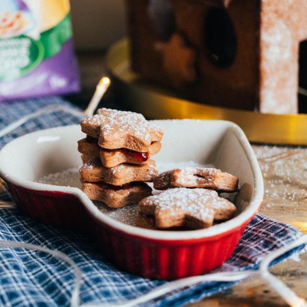 Medovo-škoricové sušienky lepené marmeládou