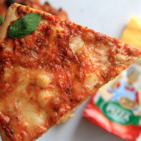 Základné cesto na taliansku pizzu zrúry