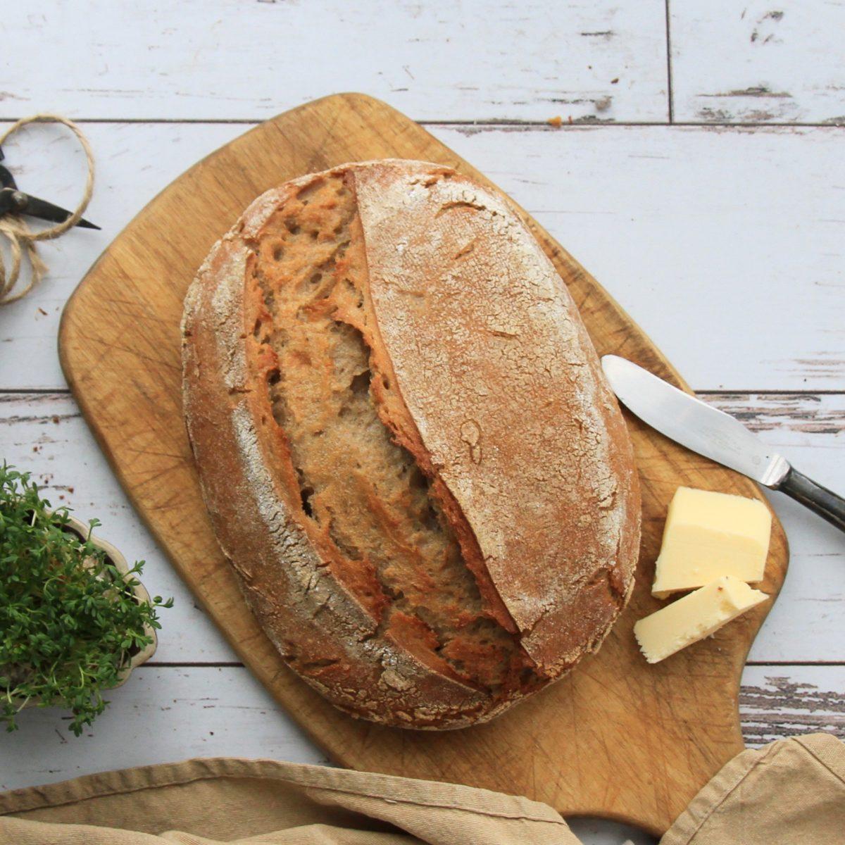 Pšenično-ražný chlieb zkvasu